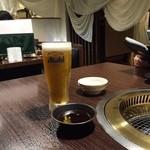 ロッタパラソル安来晃  - 白いドレープカーテンのロッタパラソルで乾杯( ^ ^ )/□