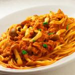 スパゲッティ ツナ・キノコのトマトソース or 塩味