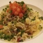 キッチン ロッコ - しらすとキャベツのペペロンチーノ