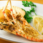 手長海老(1尾)と帆立貝(2枚)のシチリアオーブン焼