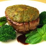 牛ヒレ肉のジェノバ風ステーキ