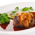 牛ヒレ肉のソテー ポルチーニソース