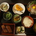 新玉 - 料理写真:お刺身とウナギのかば焼き定食