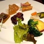 45871943 - ぶどうの樹 野菜系メニューいろいろ。 fromグリーンロール