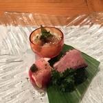 いろり 朱守 - 前菜(生ハムプチトマト、鶏肉おろし、ローストビーフブロッコリー)
