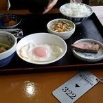 ビジネスホテルウェルネス - 料理写真:朝食540円は宿泊代込み