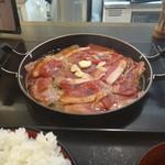 ごちそう家 - ガッツリ牛肉プレート