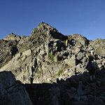 岳沢小屋 - 岩場をぐんぐん登る