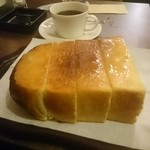 珈琲館 於巣路 - トースト、十勝バター使用