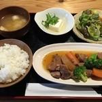 45884053 - 再訪:豚角煮定食(950円)