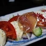 雑魚や - 生ハムとクリームチーズのBPサラダ添え¥890