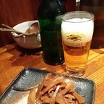 麺処 鳴神 - メンマとビール