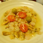 つかさ - 魚介とオリーブの炒め。