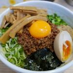麺屋こころ - 台湾混ぜそば小780円にメンマ120円トッピング