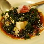 つかさ - 豆腐に海藻サラダ。
