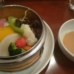 中華ビストロうちだ - ビストロランチの野菜のせいろ蒸し  温かくて美味~(^O^)