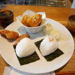 Onigily Cafe - よくばりプレート
