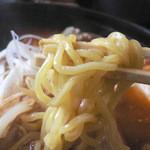 らーめん恵岳房 - 麺はこんな感じ