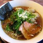 花キッチン - 醤油ワンタン麺!(2015,12/20)