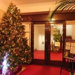 山の上ホテル - 玄関(2015/12)