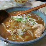 玉蘭 - カレーあんかけうどん 700円。ラーメン屋さんなのにカレーうどんが存在します。コシのあるうどんに中華スープでできたカレー餡がからまります。小ライス付きでこのお値段はお値打ちものです。