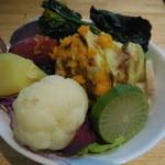 はっぱや神戸野菜ごはん - サラダバイキング(相棒)