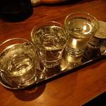 45906390 - 飲む順番が決まっているそうで 酒のアテから遠い左から ※2015年12月