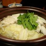 丸安 - ☆お鍋はお野菜もたっぷり☆