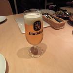 ミシュミシュ - 飲みほービールはレーベンブロイ