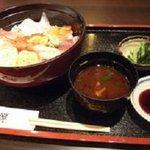 築地伊勢や 魚禅 - 海鮮丼セット
