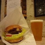 FRISCO - チーズバーガーとビール