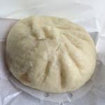 肉まん屋 櫻華 - 料理写真:肉まん 250円