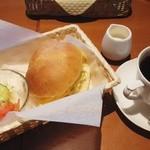 カフェ シエロ - 料理写真:手作りパンモーニング650円