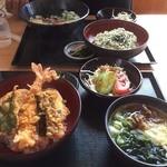 梅の家 - 天丼めんミニ850円