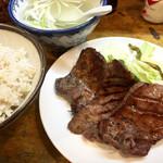 味太助 - 牛タン定食1200円