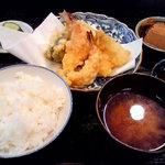 4592252 - 天ぷら定食(キスとえび)