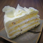 ハーブス - ホワイトチョコレートケーキ(680円)