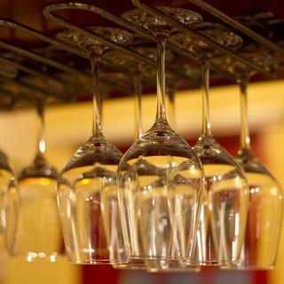 ★赤・白、ボトルワインが¥2,000〈税込〉