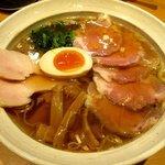 彩蓮 - チャーシュー麺(醤油)!(2015,12/26)