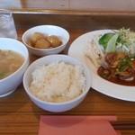 食堂 PaPas - ヒレポークソテー(きのこデミソース)