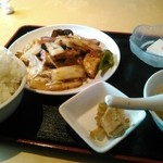 上海厨房 味楽 - チャージャン豆腐の定食。700円