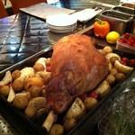 ワインバル ロゼッタ - 仔羊もも肉のロースト