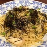 鎌倉パスタ - 高菜と鶏肉のピリ辛パスタ