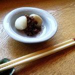 だんご茶屋 八ー八 - 料理写真:2010年7月 今日の白だんご