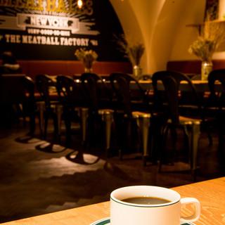 【ランチ】【カフェ】【ダイニング/バー】使いやすいお店です♪