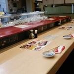 金沢まいもん寿司 - 内観