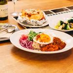 WIRED CAFE Dining Lounge - 野菜たっぷり豆富のタコライス 目玉焼きのせ