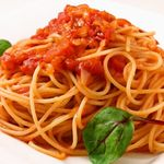 ジーズ バー - シンプルトマトとバジルのフェデリーニ
