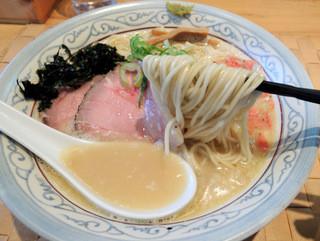 自家製麺 のぼる - 2015年12月27日(日) 京しお(700円) 自家製麺リフト