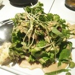 溶岩焼肉ダイニング bonbori - ぼんぼり風サラダ(胡麻ドレッシング)